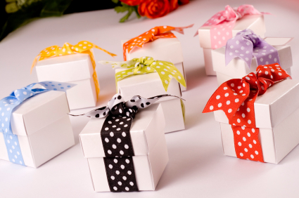 Wedding Favor Ideas on Good Place To Save Is Wedding Shower Favors Favors Are Not A Must